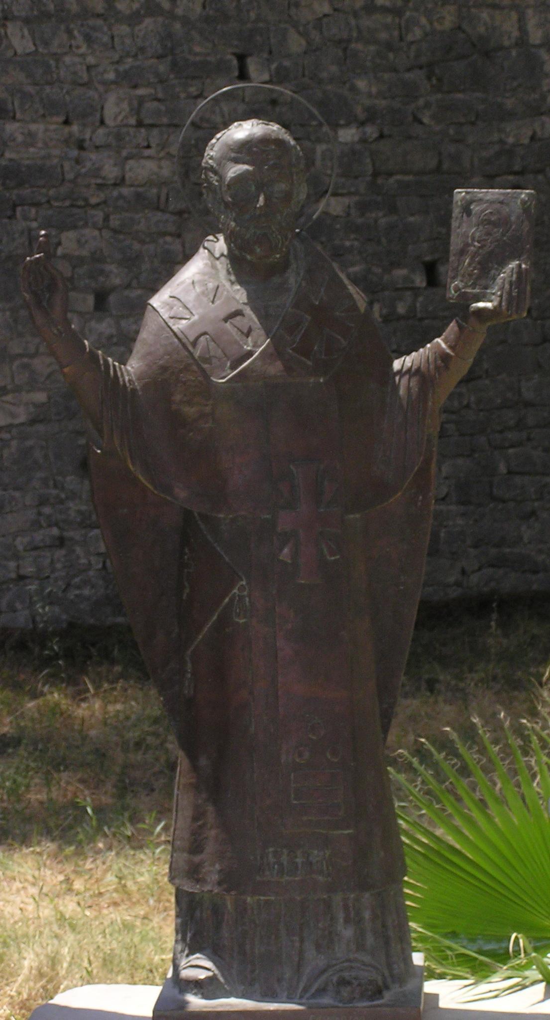 Статуя Святого Николая. Турция г. Миры